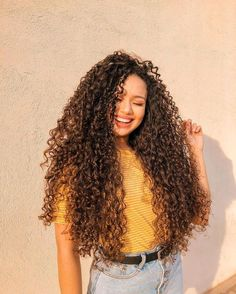 Curly Hair Care, Long Curly Hair, Curly Girl, Curly Hair Styles, Natural Hair Styles, Afro, Girl Hair Colors, Crimped Hair, Hair Color Dark