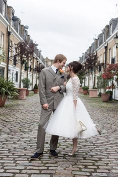 1960s Mod Inspired Wedding, Candy Anthony wedding dress, Viva Wedding Photography