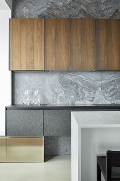 Apartment with Pan Views of Moscow by Alexandra Fedorova (11)