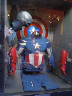 The Avengers Captain America movie costume Captain America Images, Captain America Suit, Captin America, Marvel Universe, New Upcoming Movies, Marvel Movies, Superhero Movies, After Life, Marvel Avengers