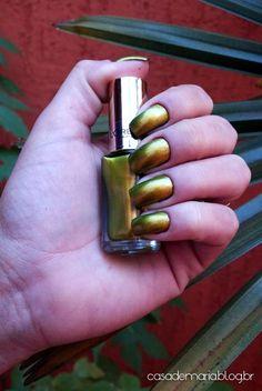 Esmalte L'Óreal Majestic Green www.blogcasademaria.com.br
