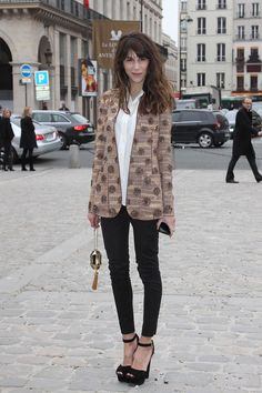 A blazer, a button up, and some heels are all you need. Louis Vuitton.