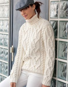 Modèle pull partner 6 femme Aran Knitting Patterns, Lace Knitting, Thick Sweaters, Sweaters For Women, Pull Torsadé, Crochet Wool, Knitwear Fashion, Cable Knit Sweaters, Sweater Outfits