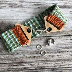 New-Nugget Agate Gemstone Pendant,Healing Stone Pendant. Loom Weaving, Hand Weaving, Bent Nose, Wood Bracelet, Thread Jewellery, Fabric Tape, Woven Bracelets, Weaving Techniques, Bracelet Sizes
