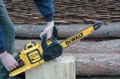 DeWalt FlexVolt Chainsaw 60V Max DCCS670
