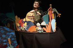 """Former Helenan Gretchen Maynard-Hahn is a freelance puppet builder and puppeteer at Norwich Puppet Theatre in England, where her puppet show, """"Oddly,"""" recently caught the friendly eye of a reviewer"""