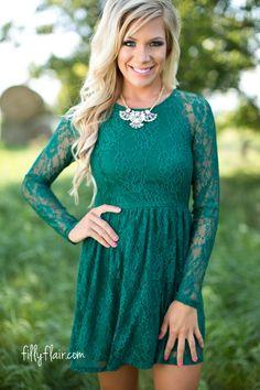 Regal Horizons Dress in Evergreen