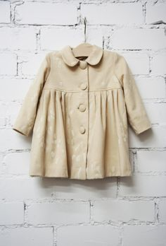 Little girl wool coat by Bebesdejustine on Etsy  This is the coat I want to make!!