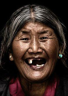 The Smiles of Tibetains Bhanuwat JITTIVUTHIKARN - Diaspora Smile