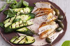 Gebratene Hühnerbrust mit Thunfisch-Mayonnaise und Zucchini Zucchini, Easy Meals, Easy Recipes, Mayonnaise, Vegetables, Cooking, Food, Roast, Tuna