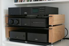 Hifi Stand, Audio Stand, Speaker Stands, Hifi Rack, Audio Rack, Audio Design, Speaker Design, Diy Furniture Projects, Furniture Design