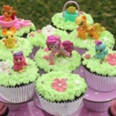 My Little Pony Party Cupcakes {Themed Party Food}