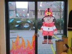Thema brandweer: raamschilderij