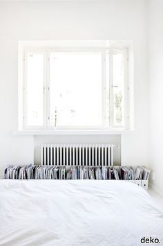 Bedroom storage for magazines | Scandinavian Deko
