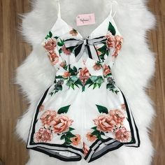 Cute Lazy Outfits, Crop Top Outfits, Trendy Outfits, Summer Outfits, Kpop Fashion Outfits, Girl Outfits, Pretty Dresses, Sexy Dresses, Fashion Line