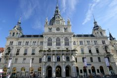Hauptplatz (main square) and Town Hall | Graz Tourism