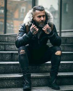 "901 mentions J'aime, 10 commentaires - Bearded models (@bearded_models_) sur Instagram : ""@pavel_ladziak Follow @bearded_models_ for daily pictures of bearded models ____…"""