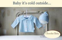 Conjunto de chaqueta y gorrito en color azul para los meses más fríos. Puedes descubrir más sobre nuestras prendas en nuestro catálogo: http://chocolatbaby.es/catalogo-online/