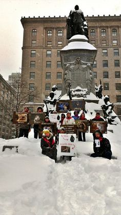 Animal activists prove there is no need to wear fur in below zero temperatures