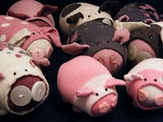 Would be cute to teach a 'savings' lesson, then make this as reminder to save. sock pigs! how cute!