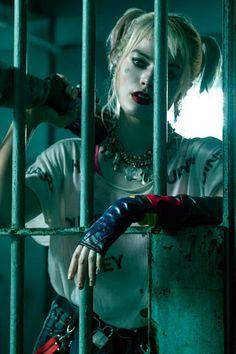 5 differences between Birds of Prey and The Joker Harley Quinn Comic, Harley Quinn Cosplay, Joker And Harley Quinn, Harley Quinn Drawing, Margot Robbie Harley Quinn, Harely Quinn, Univers Dc, Joker Wallpapers, Birds Of Prey
