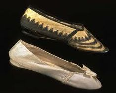Note:Regency Era Positive, Flat sole, good for the chase scene through the market.