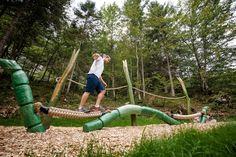 """Die Alpine Outdoor Gallery präsentiert am Fußweg entlang dem Kaiserbach auf sieben Stationen diverse Bergsportgrößen wie Peter Habeler aus dem Zillertal.  Der zweite Bereich, speziell für die jüngeren Besucher des Kaiserbachtals, beschreibt auf mehreren Stationen die Geschichte vom """"Schnackler"""" und dem """"Koasabacher"""". Die Kirchdorfer Kinderbuchautorin Bettina Reiter fasst in einer lustigen Geschichte die Besonderheiten des Naturschutzgebietes zusammen. Park, Outdoor, Interactive Map, Funny Stories, Nature Reserve, Hiking Trails, Tours, Outdoors, Parks"""