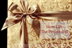 Mystery Bag Giveaway ~ all gifts for mom! (ends All Gifts, Free Gifts, Gifts For Mom, Holiday Gifts, Best Gifts, Christmas Gifts, Online Gift Store, Online Gifts, Cadeau Surprise