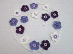 crotchetered flower garland or bunting