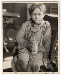 Unidentified Child, Paintsville, Kentucky, 1930. Photo by Lewis W Hine via icphoto