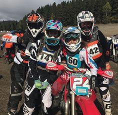 Motocross Couple, Motocross Girls, Bike Couple, Enduro Motocross, Enduro Motorcycle, Girl Motorcycle, Motorcycle Quotes, Triumph Motorcycles, Custom Motorcycles