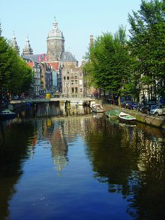Canal that flows through the city of Amsterdam.