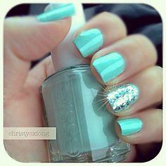 ♥♥ Teal sparkle nails