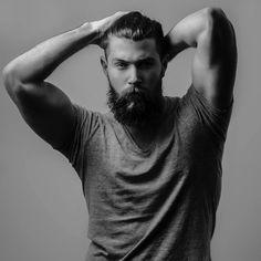 Salut les mouffettes, Aujourd'hui je viens vous parler d'une de mes passions, la barbe.Pas sur moi malheureuse, mais bien sur tout individu...