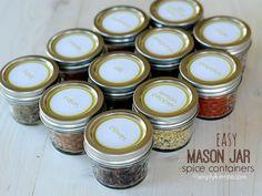 EASY MASON JAR SPICE CONTAINERS @Simply Kierste {simplykierste.com} #Silhouette #PrintAndCut