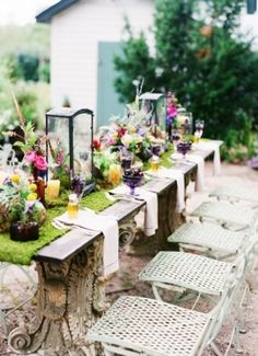 Country Flowers Outdoor Wedding Theme Tables
