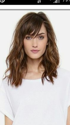 Ideas haircut corto fleco for 2019 # Hairstyles with bangs Ideas haircut corto fleco for 2019 Medium Hair Cuts, Medium Hair Styles, Curly Hair Styles, Medium Hairstyles With Bangs, Lob Haircut With Bangs, Bob Bangs, Haircut Bob, Great Hair, Hair Affair