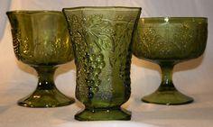 70s Vintage Green Pressed Glass Leaf Pattern Footed Vase
