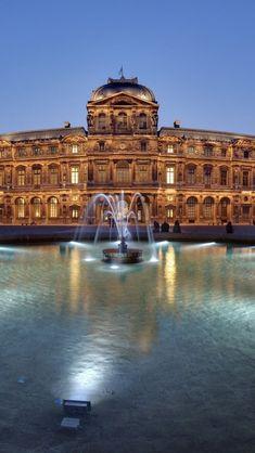 Le Musée du Louvre, Paris