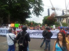 [FOTOS] ¡UN GRITO DE LIBERTAD! Así se encuentra la marcha desde la Plaza Sadel. #10M