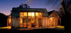 In Love With Nature: Cooper House by Architect Max Pritchard