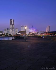 Repost a new photo taken by keisuke_jpn! 2015.10.19 . 横浜の灯 . . みなとみらいの今日の夕暮れ 優しい空と街の灯がめっちゃ美しかったー 休日充電かんりょー 明日からまたがんばろーっと() . きょうもおつかれさまでした . #横浜みなとみらい #igersjp #igersjapan #team_jp_ #team_jp_東 (東京) #team_jp_skyart #東京カメラ部 #tokyocameraclub #シカクイフォトアワーズ #夜景部門エントリー . http://ift.tt/1PBsBWJ #searchinstagram #instagramsearch http://goo.gl/bH29do - http://ift.tt/1Myc4xw