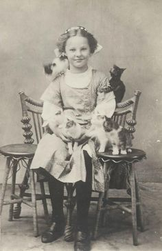 vintage photo-girl and kittens