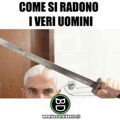 Tu ti radi?😂 It's Funny, Funny Pics, Funny Pictures, Apple Iphone, Iphone 6, Italian Memes, Have Some Fun, Tumblr Posts, Bellisima