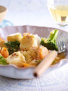 Fischcurry mit Gemüse und Reis - so geht's