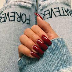 Diseños de uñas no naquitos para llevar a la oficina