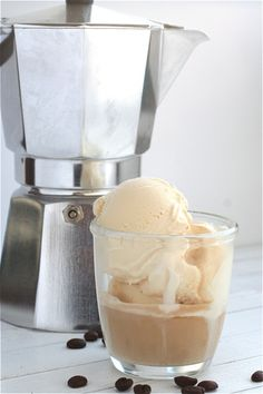 Affogato al Cafe:  A shot of espresso over truly creamy vanilla ice cream. (And maybe a drizzle of Bailey's or Mozart Black Chocolate, or Chambord....) It's also a DIY alternative to the dessert menu.
