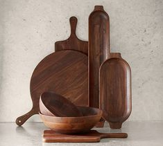 We've given antique European wood tableware designs an updated silhouette and artisan finish to create our Chateau Collection, handcrafted in a Fair Trade certified™ factory. These dough bowls reveal the beauty of the wood's grai… Cabin Coffee, Wood Pizza, Glass Serving Bowls, Dough Bowl, Wood Cutting Boards, Wooden Kitchen, Acacia Wood, Simple House, Wood Sculpture