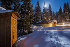 Skiers are falling for the allure of yurts Restaurant Game, Dallas Morning News, Ski Season, The Allure, Whistler, Winter Snow, Vermont, Paths, North America