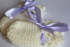 Hand Knitted Baby Mittens £6.00